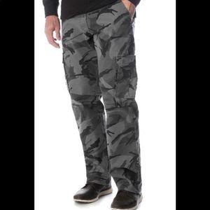 Wrangler Camo Cargo Pants 38/32